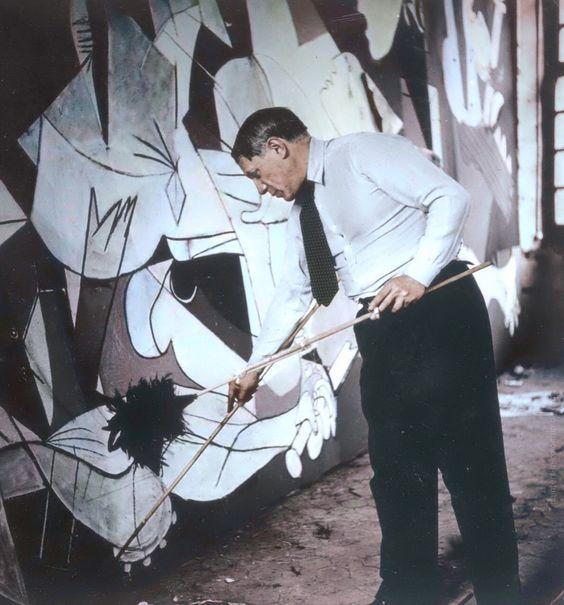 """""""Guernica"""" (Pablo Picasso) : 15 lucruri mai puțin cunoscute"""