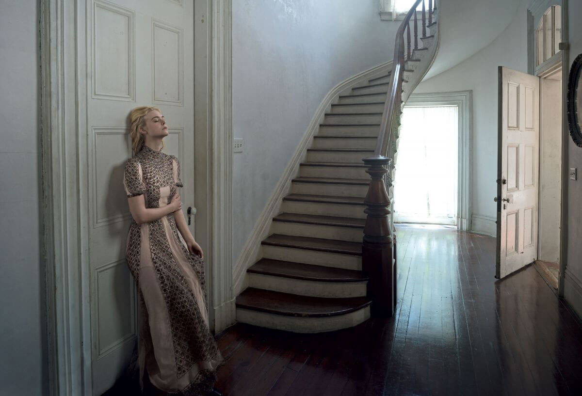 Elle Fanning Vogue Shoot 2017 from : celebskart.com
