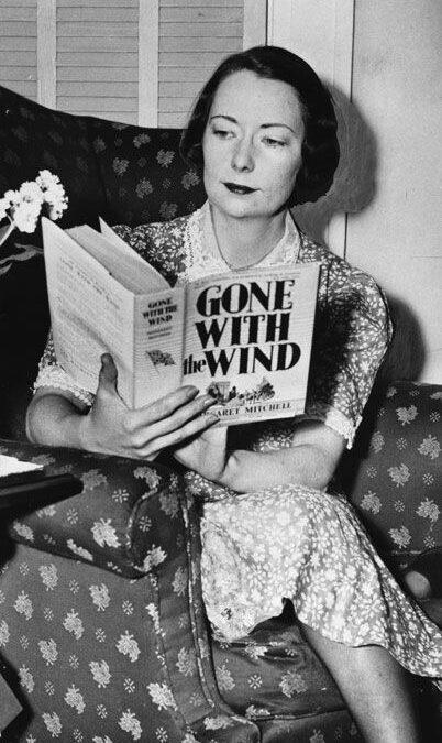 """Margaret Mitchell – """"Pe aripile vântului"""""""