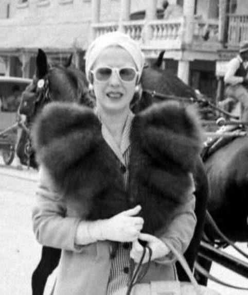 Elena Lupescu, 1941