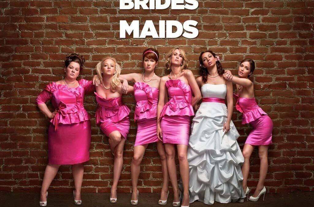 """Despre femei… cu onestitate şi umor – """"Bridesmaids"""""""