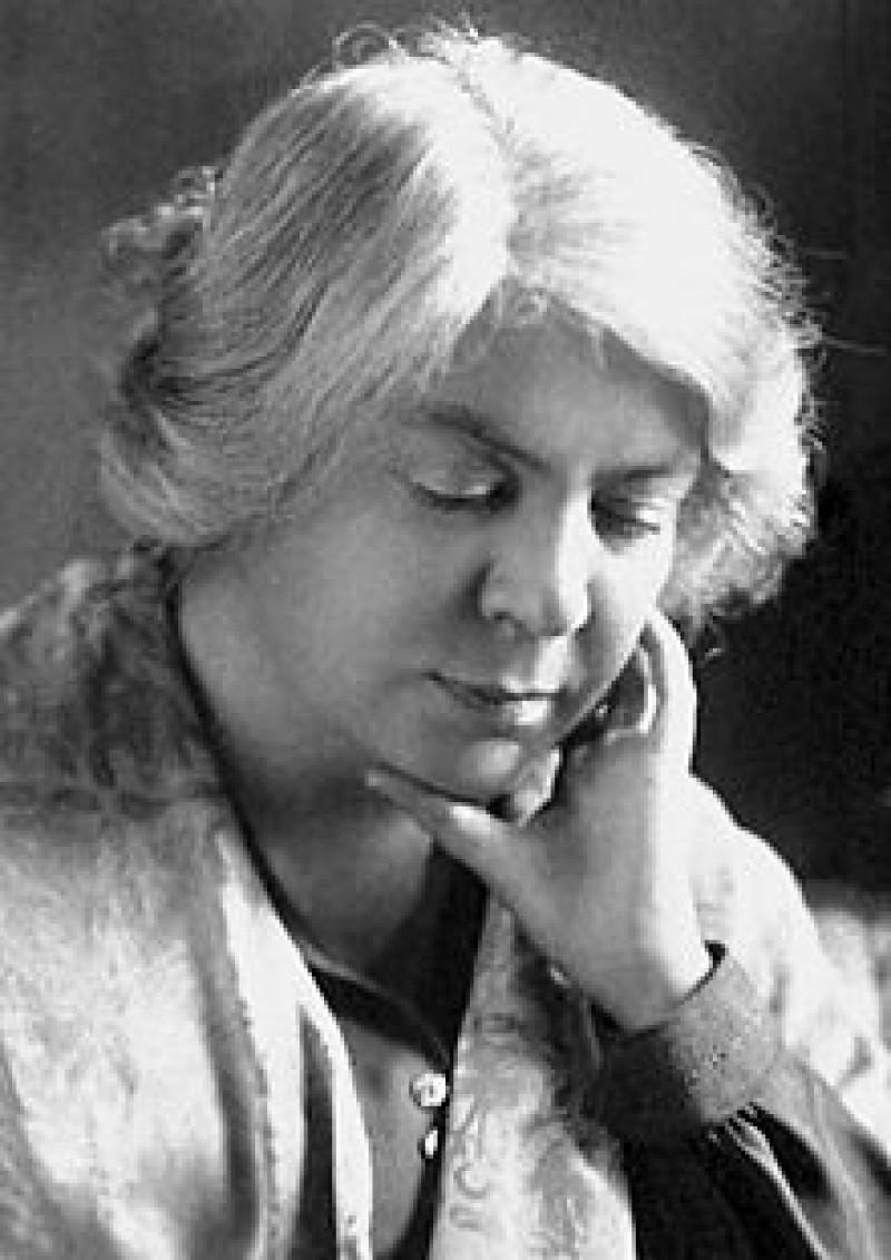 Grazia_Deledda_1926