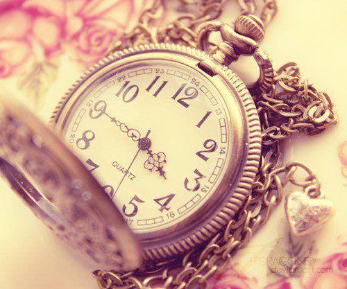 """""""Timpul nu trece niciodată. Noi trecem prin timp…"""""""
