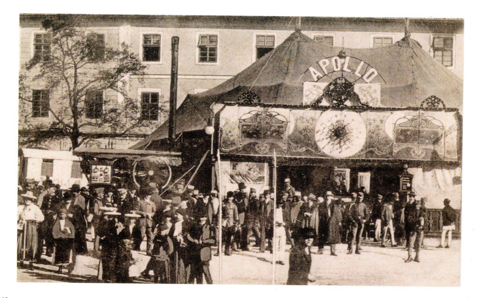Cinema Apollo, proprietar Emil Toth, fotografie din 1910 din colecția lui Konrad Klein
