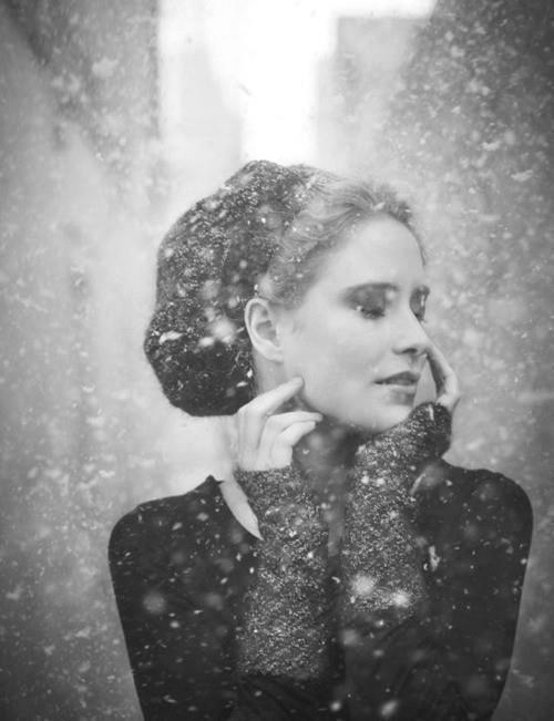 femeie iarnă