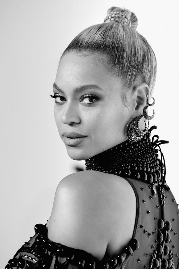 gallery-1486566950-beyonce