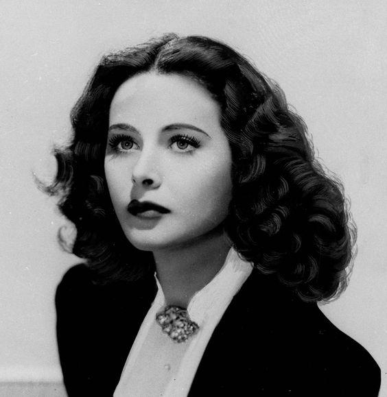 Hedy_Lamarr_gorgeous
